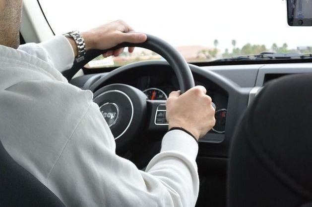 Определена тройка лидеров продаж среди автомобилей в Ростове-на-Дону