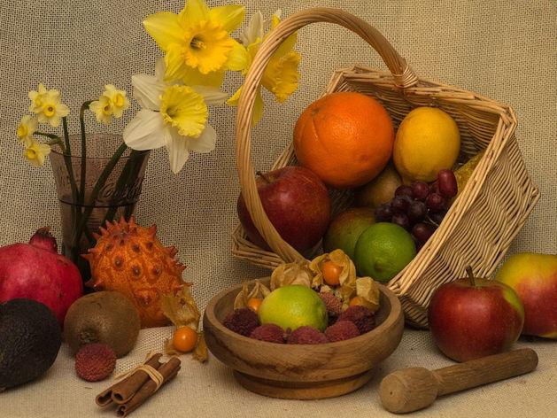 5 марта ростовские автоинспекторы вручат дамам за рулем букеты из овощей и фруктов
