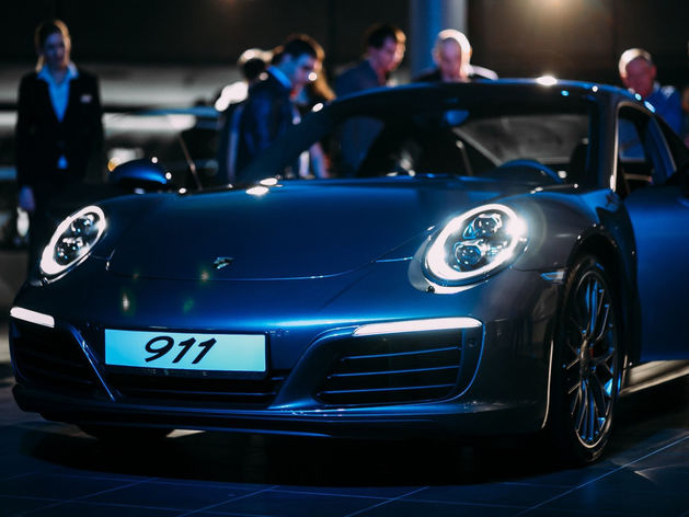 Красота, лоск, мощь: в Ростове презентовали новый Porsche 911