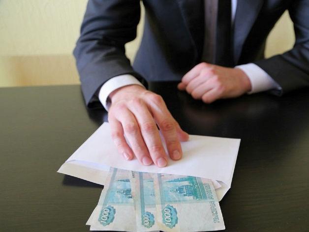 Бывший судья из Новошахтинска подозревается в передаче взятки